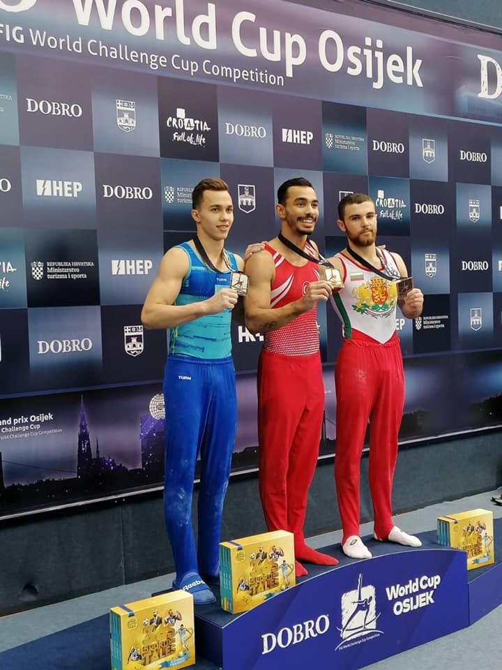 Дейвид Хъдълстоун с бронзов медал на успоредка в Осиек