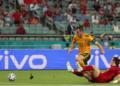 Уелс победи Турция с 2:0, Бейл изпусна дузпа