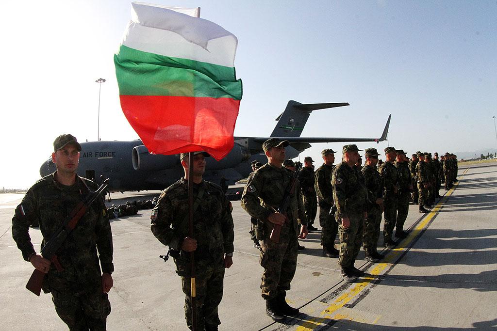 Министърът на отбраната Георги Панайотов и началникът на отбраната адмирал Емил Ефтимов ще участват в официалната церемония по посрещане на последния български военен контингент, участвал в мисията на НАТО в Афганистан