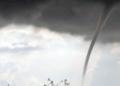Най-малко 150 души пострадаха при торнадо в Чехия