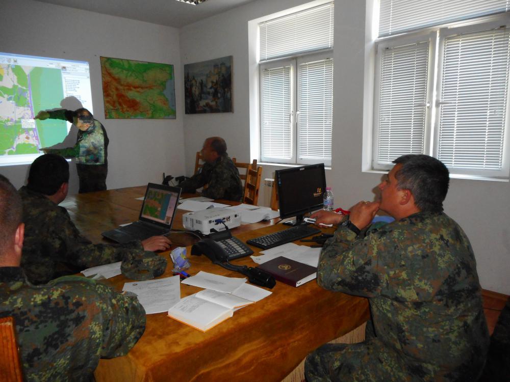 """В Бригадното командване - Благоевград се проведе компютърно подпомагано командно-щабно учение """"Пирински страж 21"""""""