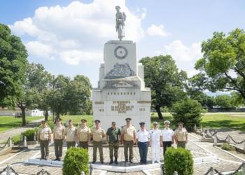 """Посещение на слушатели от ВА """"Г.С. Раковски"""" в 61-ва Стрямска механизирана бригада"""