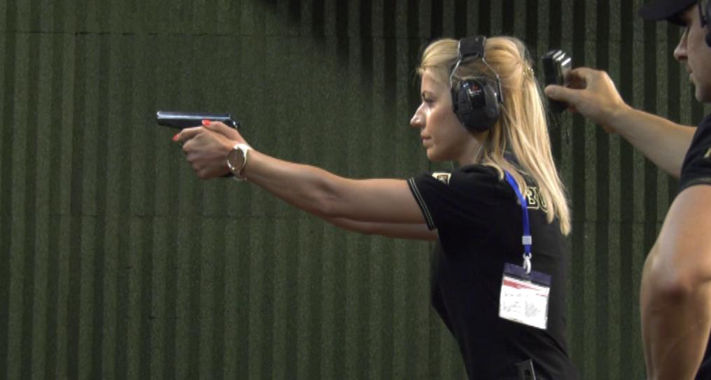 """IV турнир по стрелба с пистолет за жени – служители на МО, МВР и служби от сектор """"Сигурност"""""""