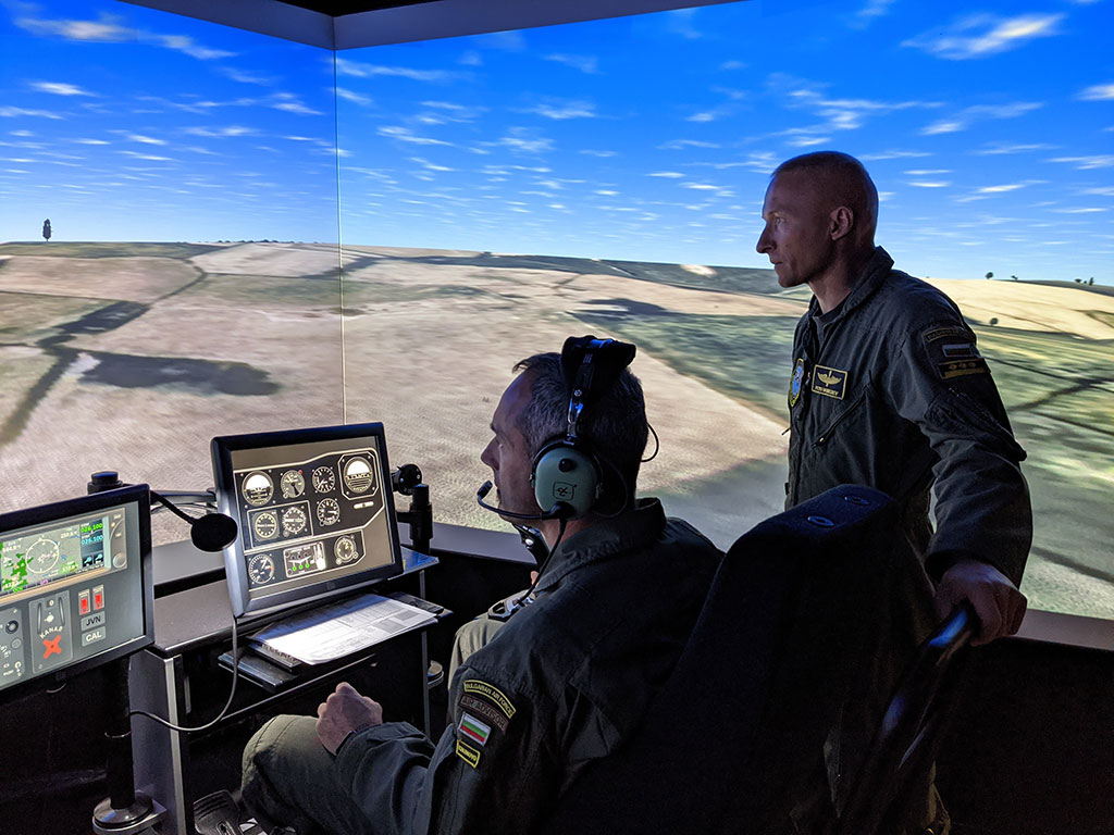 Подготовка на тактически симулатор Thales Hctt в 86та вертолетна база - Солнок, Унгария