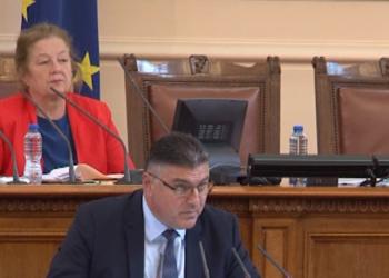 Военният министър Георги Панайотов в НС: Има нарушения във финансовата дисциплина на МО