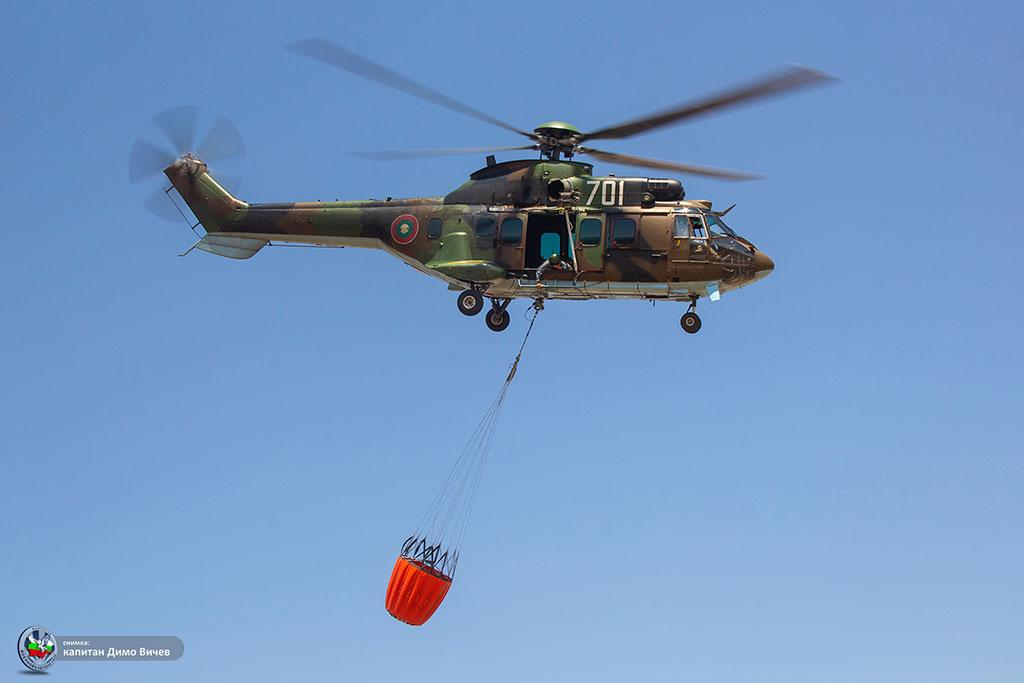 "Вертолет ""Кугар"" ще участва в гасенето на горски пожар в Рила"