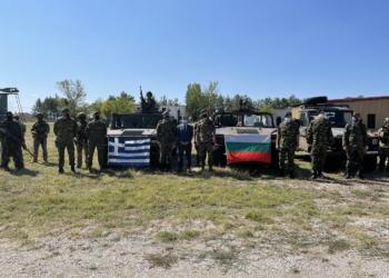 Адмирал Ефтимов ще участва във форум на НАТО в Атина
