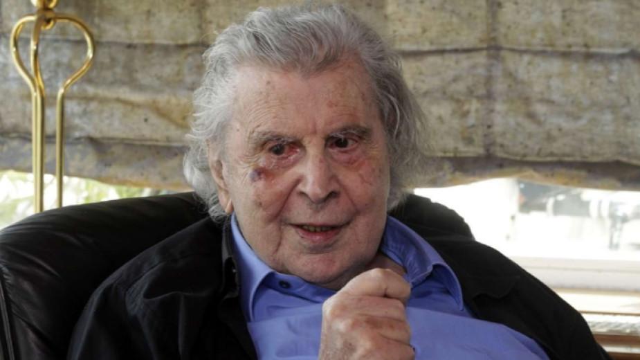 Почина легендарният Микис Теодоракис