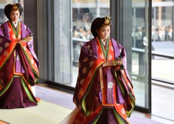 Японската принцеса Мако се отказва от титлата си, за да се омъжи за състудент