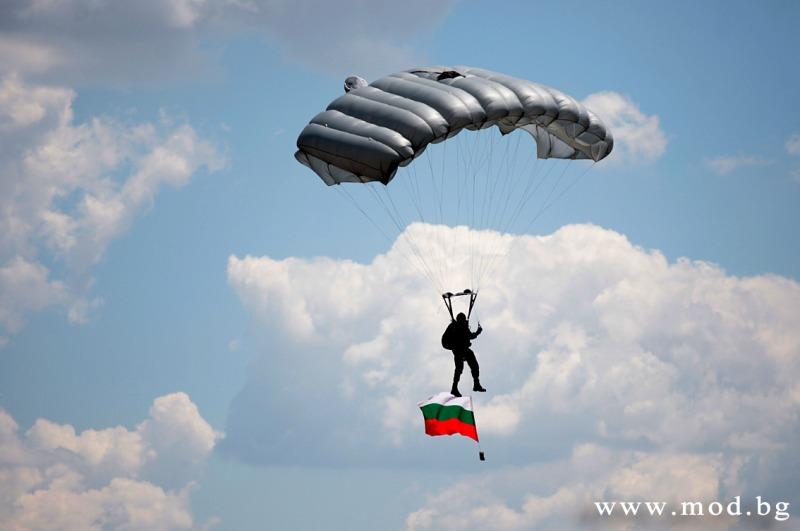 На 17 и 18 октомври СКСОо и СБП ще отбележат денят на военния парашутист с различни прояви