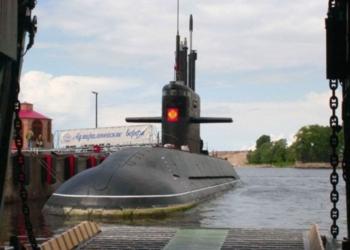 """ВМС на Русия получава първата серийна неядрена подводница от тип """"Лада"""" през 2022 г."""