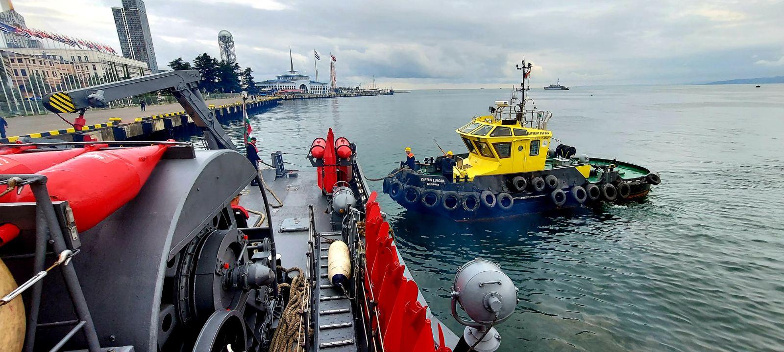 """Базов миночистач """"Шквал"""" извършва преход към турското пристанище Самсун"""