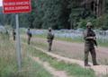 Полша увеличава до 10 000 броя на войниците на границата си с Беларус